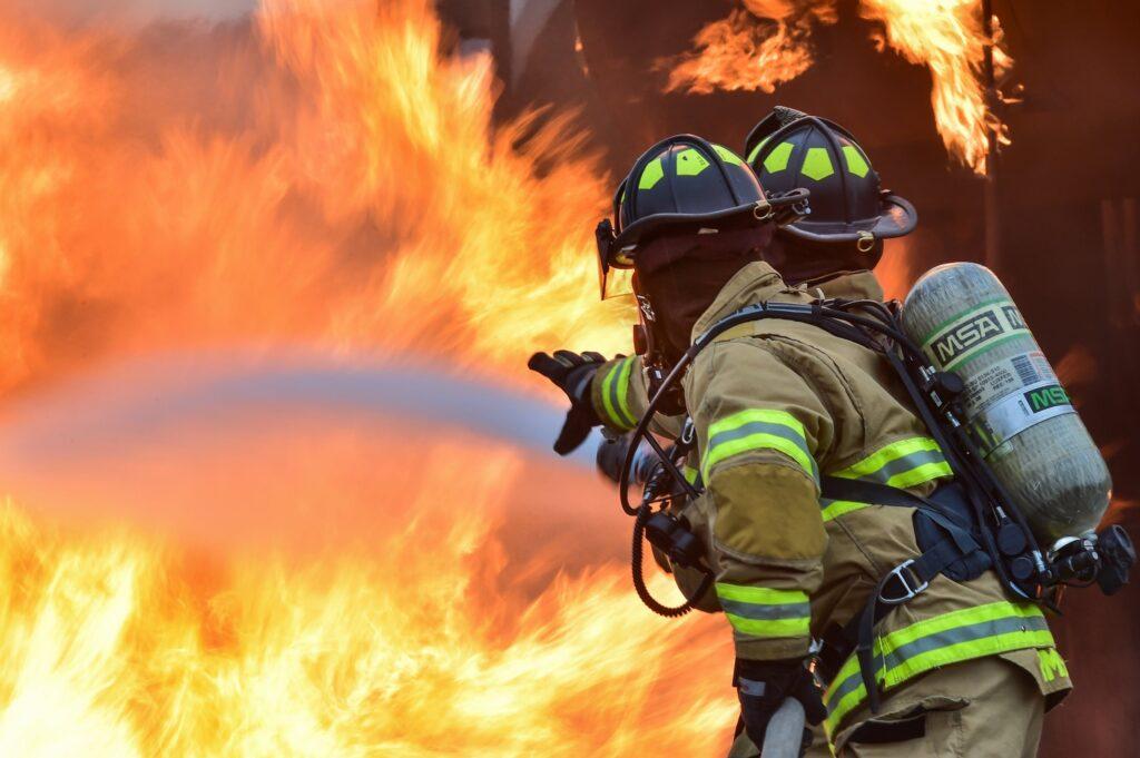 Grote brand bij Intratuin Lisse