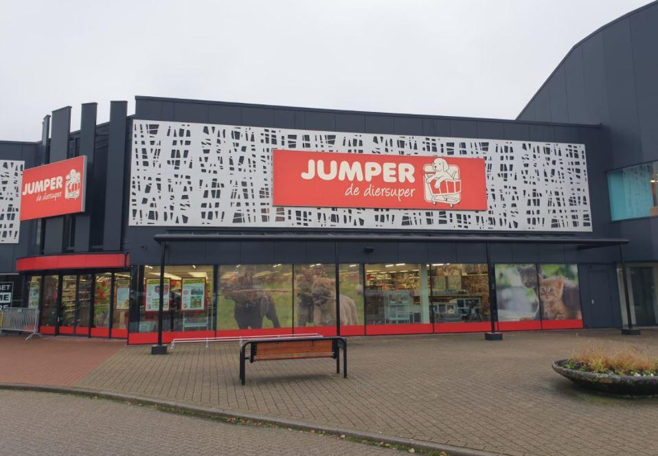 Nieuwe grote huisdierensupermarkt open op Woonboulevard Almelo
